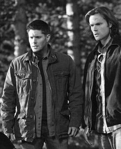 """nicffwhisperer: """" """" Winchesters always work better together. """" @Fictionfreak95 your guys! """""""