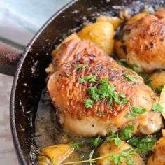 Easy, one pan crispy skillet chicken bathed in a white wine sauce and sprinkled with parsley and thyme.