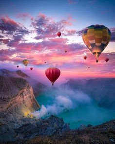 Hot air balloons in IndonesiaYou can find Hot air balloons and more on our website.Hot air balloons in Indonesia Ballons Fotografie, Cool Photos, Beautiful Pictures, Beautiful Lines, Nature Photography, Travel Photography, Air Ballon, Hot Air Balloons, Photos Voyages