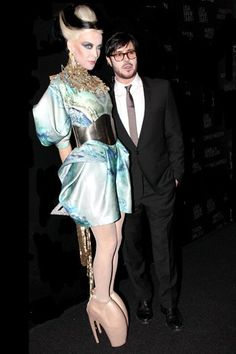 Daphne Guinness first to wear Alexander McQueen's shoes in public (Vogue.com UK)  Daphne Guinness with Francois Nars.
