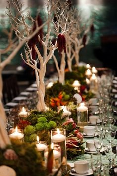 http://simplesojourns.com/wp-content/uploads/2013/11/Thanksgiving-Table-Decorating-Your-Small-Space.jpg