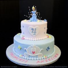 Birthday-- Disney Cinderella Princess Birthday Cake for Four-Year-Old