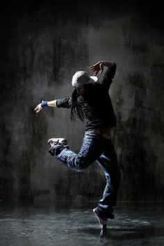 Alexander Yakovlev: Modern Dance
