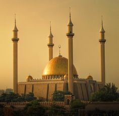 Abuja National Mosque (Abuja, Nigeria)