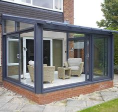 20 Peaceful Sunroom and Conservatory Design Ideas There is nothing more pleasant than sitting outsid Curved Pergola, Pergola Kits, Cheap Pergola, Pergola Ideas, Lean To Conservatory, Conservatory Design, Conservatory Extension, House Extension Design, Backyards