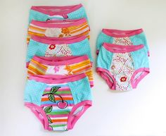 Noodlehead: underwear (updated with additional info) Baby Sewing Projects, Sewing For Kids, Diy Clothing, Sewing Clothes, Toddler Underwear, Ladies Underwear, Toddler Training Pants, Onesie Pattern, Underwear Pattern