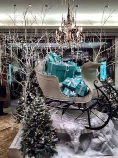 15 Christmas Wishes for You + a Holiday Mixtape - French Kiss Life Turquoise Christmas, Blue Christmas, Christmas Wishes, Christmas Colors, Christmas Holidays, Christmas Decorations, Xmas, Country Christmas, Christmas Stuff