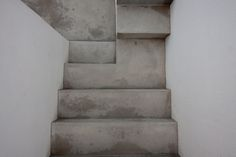 #concrete #steps #outdoorstair Outdoor Stairs, Concrete Steps, Home Decor, Buildings, Concrete Front Steps, Decoration Home, Room Decor, Exterior Stairs, Concrete Stairs