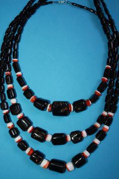 @BlackCoral4you Black Coral-Zuni Spiny Oyster and Sterling Silver / Coral Negro-Spondylus y Plata de Ley http://blackcoral4you.wordpress.com/