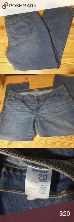 "Old Navy the Flirt Boot Cut Jean 20 Excellent used condition. Boot cut in the Flirt cut from Old Navy. Medium wash.  Size 20. 40"" waist, 11"" rise, 28"" inseam. All measurements are approximate. Old Navy Jeans Boot Cut"