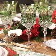 Resultado de imagem para mesa com taças verde