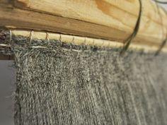 detail of the yarn used for the Saltvik sail-weaving project. Warp: 12 threads/cm, weft 9 threads/cm. Yarn: Norwegian wool singles. Via Hibernaatiopesäke