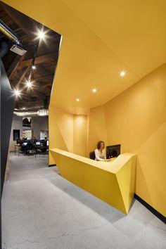 PixMob office design by jean de lessard, designers créatifs.