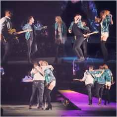 Thanks WALK THE MOON for surprising the Boston crowd with 'Shut Up and Dance'!!! 60,000 person dance party. #1989WorldTour -Taylor Swift-