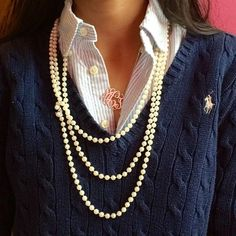 For a polo and pearls kind of girl! Classically preppy, especially with the added monogram necklace! Mode Style, Style Me, Mode Bcbg, Look Fashion, Womens Fashion, Preppy Fashion, Classic Fashion, Fashion Edgy, Fashion Fall