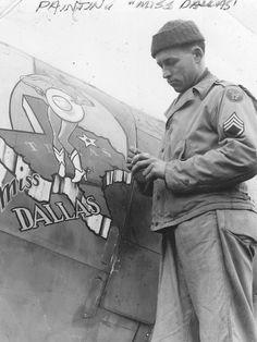 Don Allen painting Miss Dallas - WWII nose art-ist