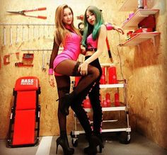 EXID's LE shares more sexy 'Hot Pink' jacket photos of her and 'younger brother' Hani Kpop Girl Groups, Korean Girl Groups, Kpop Girls, Girl Day, My Girl, Exid Kpop, Divas, Ahn Hani, Kpop Couples