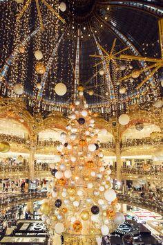 Paris Galeries Lafayette Christmas Tree 2015