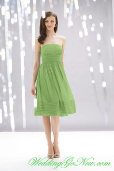 Cheap Wholesale A-Line Apple Green Bridesmaid Dress Strapless Chiffon
