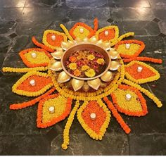 50 Most Beautiful Flower Rangoli Designs (ideas) that you can make during any occasion on the living room or courtyard floors. Simple Rangoli Designs Images, Rangoli Designs Flower, Rangoli Ideas, Colorful Rangoli Designs, Rangoli Designs Diwali, Flower Rangoli, Easy Rangoli, Rangoli With Flowers, Rangoli Photos
