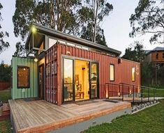 Prepping Up a Shipping Container Home - www.kravelv.com/... #bunkerplans #ContainerHomeDesigns