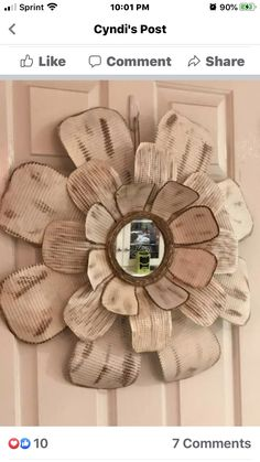 Tin Can Crafts, Metal Crafts, Crafts To Do, Cookie Sheet Crafts, Metal Wall Flowers, Flower Petal Template, Dollar Tree Crafts, Diy Projects To Try, Flower Petals