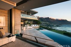 Dream house architecture by SAOTA located in Clifton, Cape Town, South Africa. In a team of SAOTA (Stefan Antoni Olmesdahl Truen Architects) has Stone Patio Designs, Design Exterior, Modern Mansion, Cool House Designs, Style At Home, Home Fashion, Fashion Beauty, Interior Architecture, Concrete Architecture