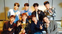 EXO cúp đầu tiên Show Champion