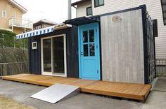 コンテナハウスの離れ1 Tiny Container House, Container Shop, Shipping Container Homes, Shipping Containers, Prefab Homes, Custom Homes, Tiny House, Small Spaces, Cottage