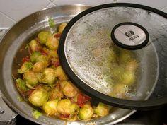 Poêlée de choux de Bruxelles au chorizo et tomates confites : Diet & Délices - Recettes dietétiques