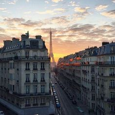 Image about sky in Paris - is not a city It's a world by A H City Aesthetic, Travel Aesthetic, Places To Travel, Travel Destinations, Places To Visit, Travel Inspiration, Travel Photography, Photography Reviews, Street Photography