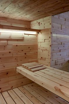 Swiss Pine Wood for Sauna Diy Sauna, Saunas, Sauna Kits, Sauna Ideas, Facade Design, House Design, Sauna Wellness, Building A Sauna, Portable Sauna