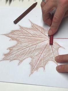 Autumn Crafts, Autumn Art, Nature Crafts, Kids Art Class, Art For Kids, Dry Leaf Art, Evans Art, Diy Crafts For Adults, Easy Art Projects