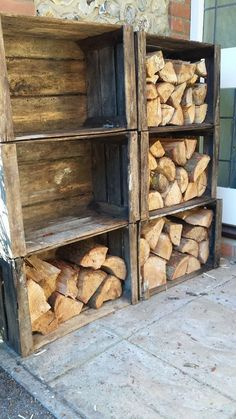 Diy wood crate shelves projects to calm the clutter effectively 52 - GODIYGO. Outdoor Firewood Rack, Firewood Storage, Crate Storage, Record Storage, Storage Design, Storage Shelves, Outdoor Storage, Storage Ideas, Wood Crate Shelves