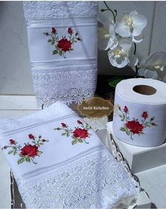 1 million+ Stunning Free Images to Use Anywhere Towel Embroidery, Ribbon Embroidery, Free Machine Embroidery Designs, Embroidery Patterns, Sewing Crafts, Sewing Projects, Diy Crafts, Crochet Cowl Free Pattern, Towel Crafts