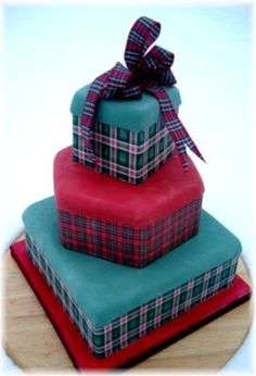 Tartan Wedding Cake! Prettier with white frosting.