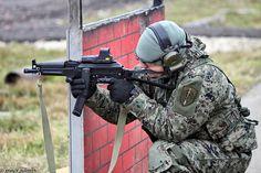 ОСН Гром ФСКН. ПП-19-01 Витязь-СН (PP-19-01 Vityaz-SN submachine gun)