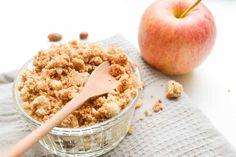 Een snel recept voor lekkere warme, écht suikervrije appel crumble. Een perfect gezond dessert, binnen 15 minuten op tafel...
