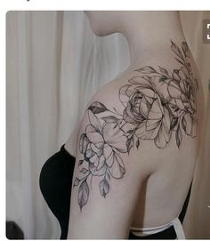 and white rose shoulder tattoo 7 1 julie huntrods piercings tattoos Sunflower Tattoo Sleeve, Sunflower Tattoo Shoulder, Sunflower Tattoo Small, Black And White Rose Tattoo, White Rose Tattoos, Rosen Tattoo Schulter, Schulter Tattoo, Piercing Tattoo, Piercings