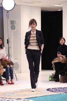 「ユニクロ × イネス・ド・ラ・フレサンジュ(UNIQLO x INES DE LA FRESSANGE)」が2017年春夏コレクションを東京で発表した。