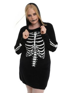 452764efb53 Show off your spooky side in this hooded tunic style sweater. The super  soft black · Stylish Plus Size ...