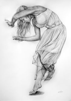Karolina Szymkiewicz captures dance movements with pencil drawings