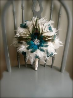 Stunning feather bouquet