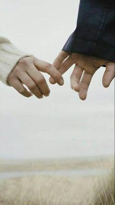 Sonnet amore totale  Ti amo così tanto, il mio amore ... non canta Il cuore umano con più verità ... Ti amo come un amico e amante Sempre una realtà diversa.  Ti amo ordine, un tranquillo prestante amore E io ti amo al di là presenti nella nostalgia. Ti amo, infine, con grande libertà Nell'eternità e in ogni momento.  Ti amo come un insetto, semplicemente Un amore senza mistero e senza virtù Con una massiccia e permanente desiderio.  E ti amo così tanto e spesso Si tratta di un