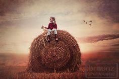Braunz Photography - https://www.facebook.com/braunzphoto?ref=hl