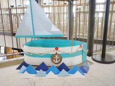 Diy cardboard boat. Barco de cartón para Molly Market. www.charming.es