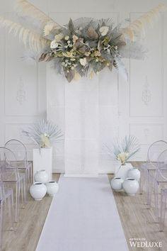 ideas wedding decorations modern bridal shower for 2019 Vintage Wedding Backdrop, Wedding Ceremony Backdrop, Ceremony Decorations, Flower Decorations, Wedding Arbors, Flower Shop Interiors, Flower Installation, Trendy Home, Wedding Themes