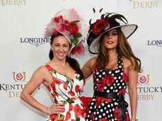 Best hats at the Kentucky Derby 2016 Horse Race Outfit, Horse Race Hats, Races Outfit, Horse Racing, Kentucky Derby Hats, Kentucky Derby Fascinator, Kentucky Derby Fashion, Derby Attire, Derby Outfits