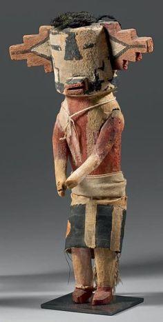 Poupée Kachina du «Trading Post» de Frederick Voltz (Volz). Circa 1900. Hopi, Arizona, U.S.A. Ce précieux Kachina est de provenance historique