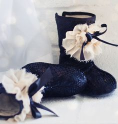 joyfolie - vivian boots........ok seriously? why do these have to be so stinkin cute? I want a pair for myself!!